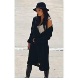 Fekete kötött kabát